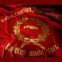Sie ist der Stolz der SPD - Die Fahne vom Juni 1983